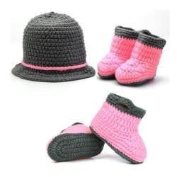 Mon premier ensemble des Premiers ensembles nouveaux nés de la marque Choupinet Chapeau et Chaussures Chic de taille 0-12Mois sur Promo Couches
